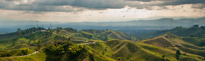 Fototapeten Südamerikanisches Land Panorama in the coffee triangle region of Colombia