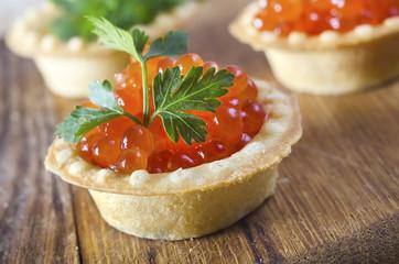 caviar in basket