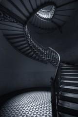 Spoed Fotobehang Trappen Mroczne schody