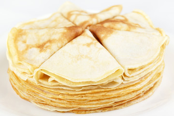 A stack of thin pancakes