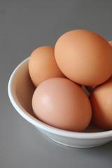 ciotola di uova