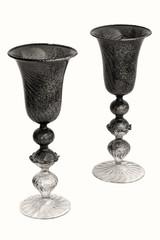 Eleganti bicchieri in vetro di murano di venezia