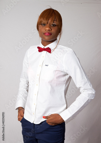 efcfa2a2efc2c8 Pretty black woman in white shirt and red bow tie