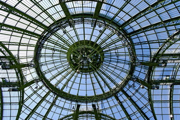 Coupole et verrière du Grand Palais, Paris, France.