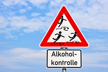 Schild Alkohol Kontrolle bedrunken