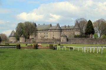 Château de Pompadour et hippodrome (Corrèze)
