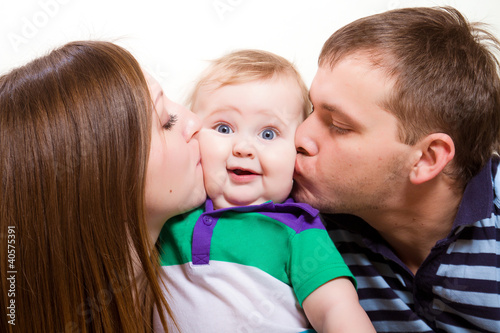 Фото как целуют дети