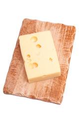 Emmentaler Käse mit Holzbrett