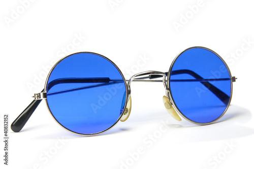 kreisrunde blaue sonnenbrille stockfotos und lizenzfreie bilder auf bild 40832152. Black Bedroom Furniture Sets. Home Design Ideas