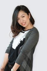Beautiful Asian young businesswoman