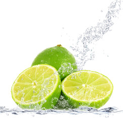 Photo sur Aluminium Eclaboussures d eau lime splash