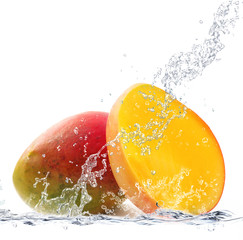Photo sur Aluminium Eclaboussures d eau mango splash