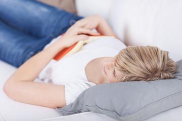 beim lesen eingeschlafen