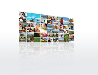Petit mur de photos sur le thème des vacances