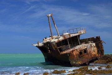 Fotobehang Schipbreuk Ship wreck