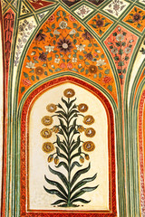 Fototapete - Detail of decorated gateway. Amber fort.  Jaipur, India