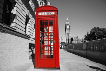 Spoed Fotobehang Rood, zwart, wit Big Ben and Red Telephone Booth