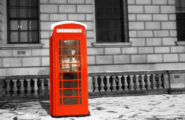 Foto op Canvas Rood, zwart, wit London Telephone Booth