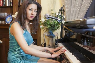 giovane pianista di talento