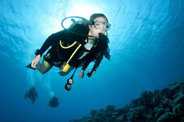 Wall Mural - female scuba diver