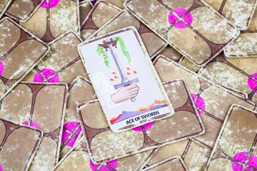 Ace of Swords, Tarot card, Major Arcana (2)