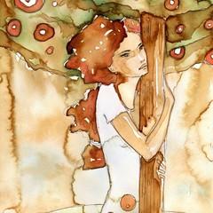 przytulona do drzewa