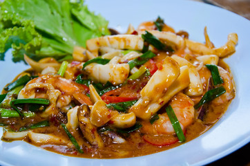 Fried squid with spicy dry