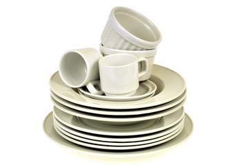 Assiettes, tasses et ramequins