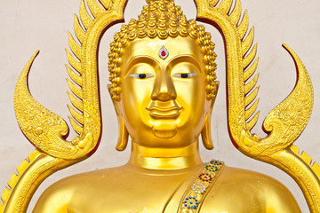 face of gold buddha