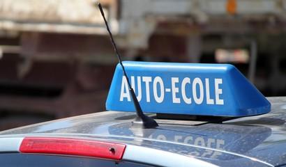 Auto École De Vidéos Et PhotosIllustrations AcR4jL35q