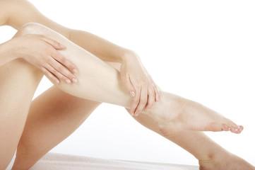 Obraz balsamowanie skóry nóg - fototapety do salonu