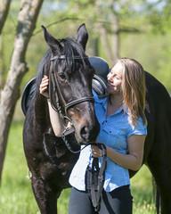 Reiterin mit ihrem Pferd
