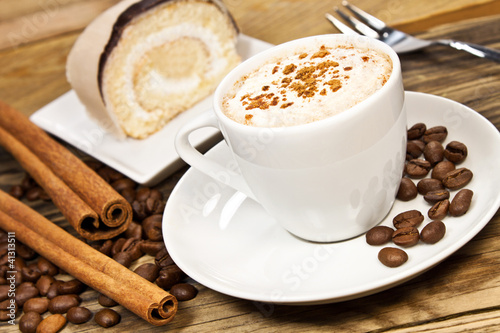 kaffee und kuchen stockfotos und lizenzfreie bilder auf bild 41313511. Black Bedroom Furniture Sets. Home Design Ideas