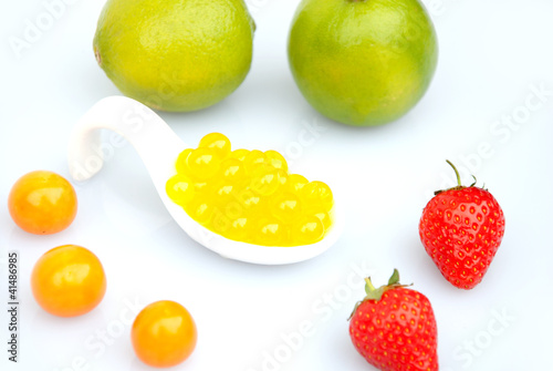 Bubble Tea Perlen Gelb Mango Orange Maracuja Stock Photo And