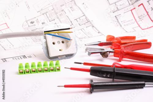 werkzeug f r elektriker stockfotos und lizenzfreie bilder auf bild 41503182. Black Bedroom Furniture Sets. Home Design Ideas