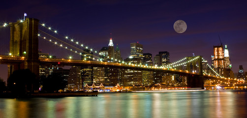 Fotobehang Volle maan Brooklyn Bridge & The moon