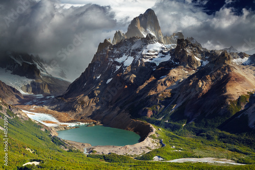 Wall mural Mount Fitz Roy, Patagonia, Argentina