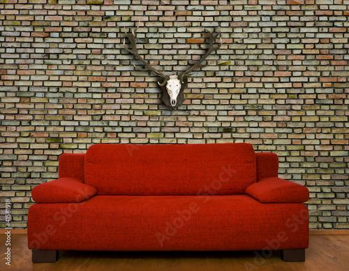 rote couch vor backsteinwand stockfotos und lizenzfreie bilder auf bild 41581918. Black Bedroom Furniture Sets. Home Design Ideas