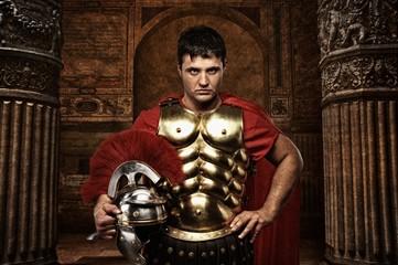 Spoed Foto op Canvas Ridders Roman soldier against antique building.