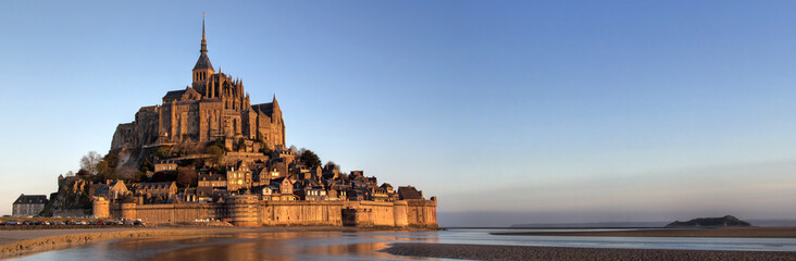 Panoramic view of Mont Saint Michel Wall mural