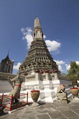 Wat arun wararam bangkok thailand