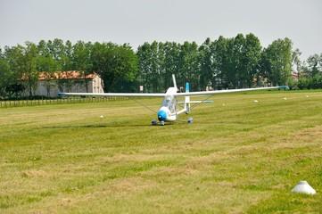 ultralight airplane landing
