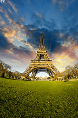 Wall Mural - Front view of Eiffel Tower from Champ de Mars