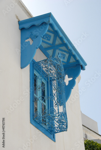 fen tre en fer forg sidi bou said photo libre de droits