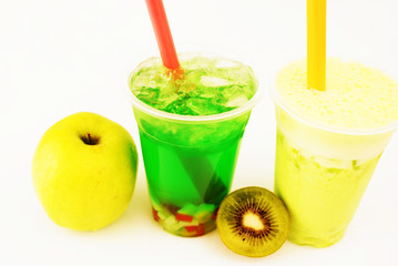 Kiwi Slash and green Bubble Tea
