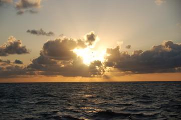 Couché de soleil en Martinique dans les caraïbes