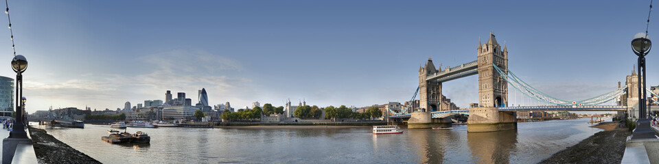 Photo sur Plexiglas Londres London Tower Bridge Panorama