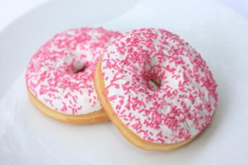 zwei Donuts