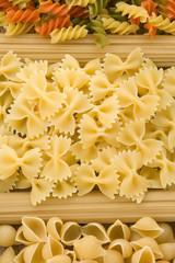 raw pasta and spaghetti