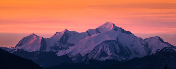 Photo sur Plexiglas Orange eclat Mont Blanc